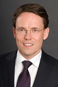 Herr <b>Peter Dortans</b>, Geschäftsführer - Peter-Dortans